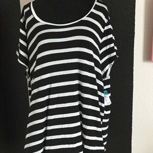 BNWT Black and White Stripped Top from Rue21